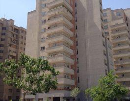 فروش آپارتمان ۱۴۰ متری در برج های ایزدیار با ویوی دریاچه چیتگر