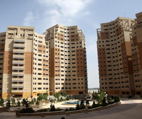 آپارتمان 98 متری در طبقات بالای برجهای عرفان