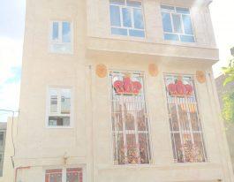 فروش یک ساختمان سه طبقه شخصی ساز در شهرک گلستان منطقه 22