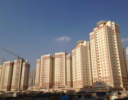 آپارتمان فروشی ۱۰۸ متری واقع در برجهای آسمان