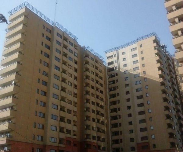 فروش آپارتمان 133متری در برجهای امین غرب دریاچه چیتگر