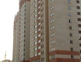 فروش آپارتمان 109 متری در برجهای آسمان شمال دریاچه