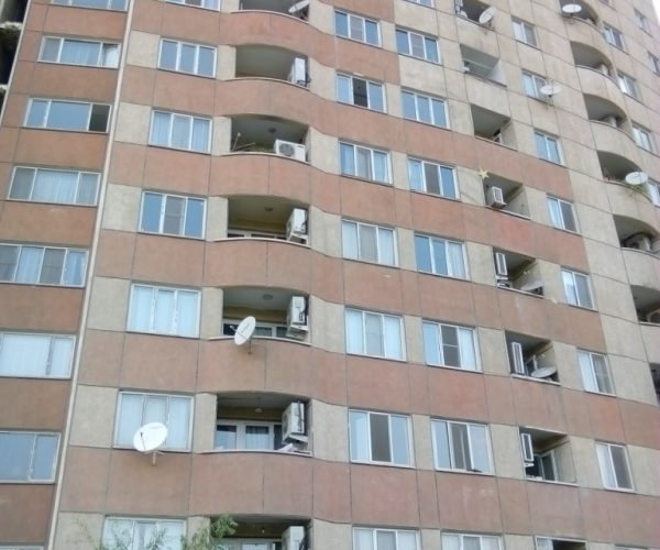 فروش آپارتمان ۱۰۵ متری در مجتمع نگین دریاچه چیتگر