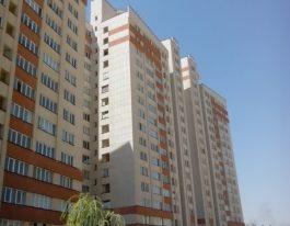 حدود قیمت آپارتمان حوالی میدان راه آهن چقدر است؟