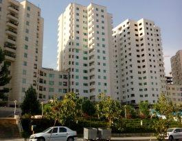 فروش آپارتمان۹۰ متری در برجهای سروناز منطقه۲۲