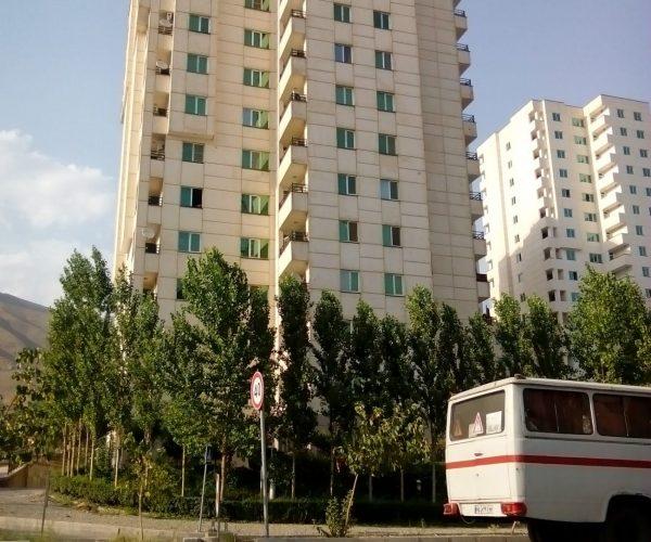 اجاره آپارتمان 74 متری در برجهای سروناز منطقه22