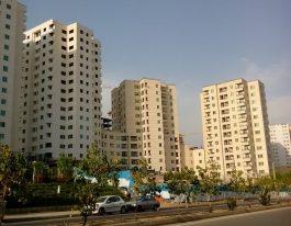 قروش آپارتمان ۸۵ متری در برجهای سروناز منطقه۲۲