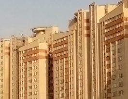 فروش آپارتمان در برجهای آسمان شمال غرب دریاچه چیتگر