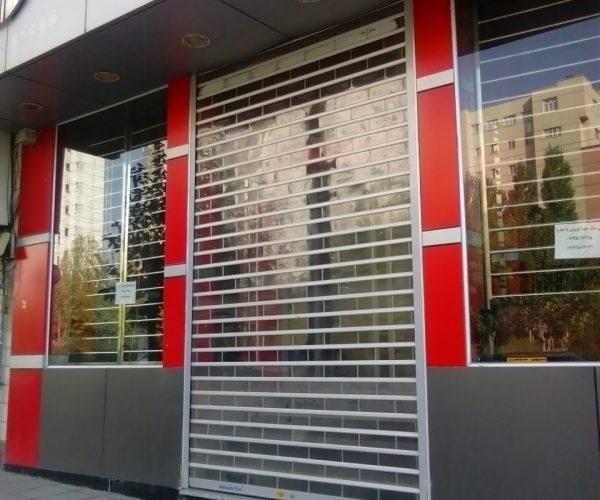 فروش واحد تجاری ۱۲۵ متری در شهرک گلستان منطقه۲۲