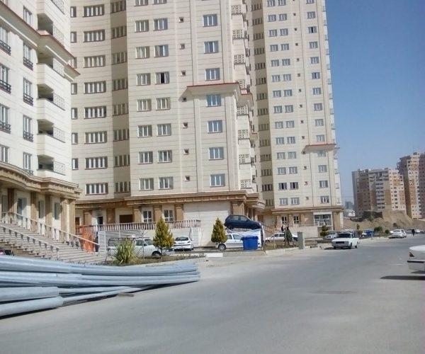 فروش آپارتمان ۱۱۶ متری در برجهای صیاد شمال دریاچه چیتگر
