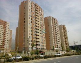 فروش آپارتمان ۱۲۰ متری در برجهای احرار شمال دریاچه چیتگر
