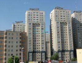 فروش آپارتمان ۱۲۱ متری در برجهای پارسیا منطقه۲۲
