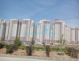 فروش آپارتمان ۱۱۵ متری در برجهای شمال دریاچه چیتگر